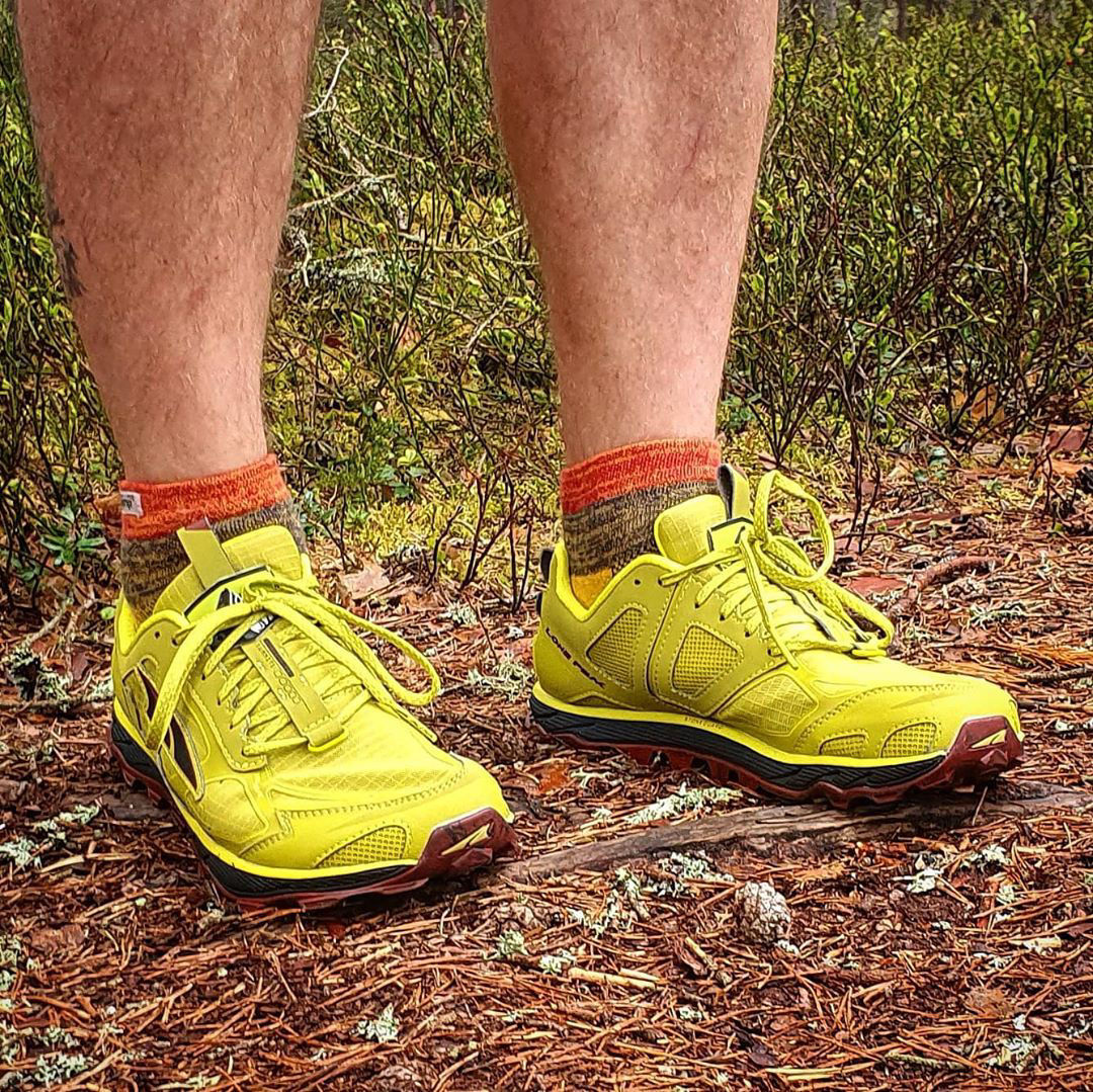 Altra Lone Peak löpning på stig, trail