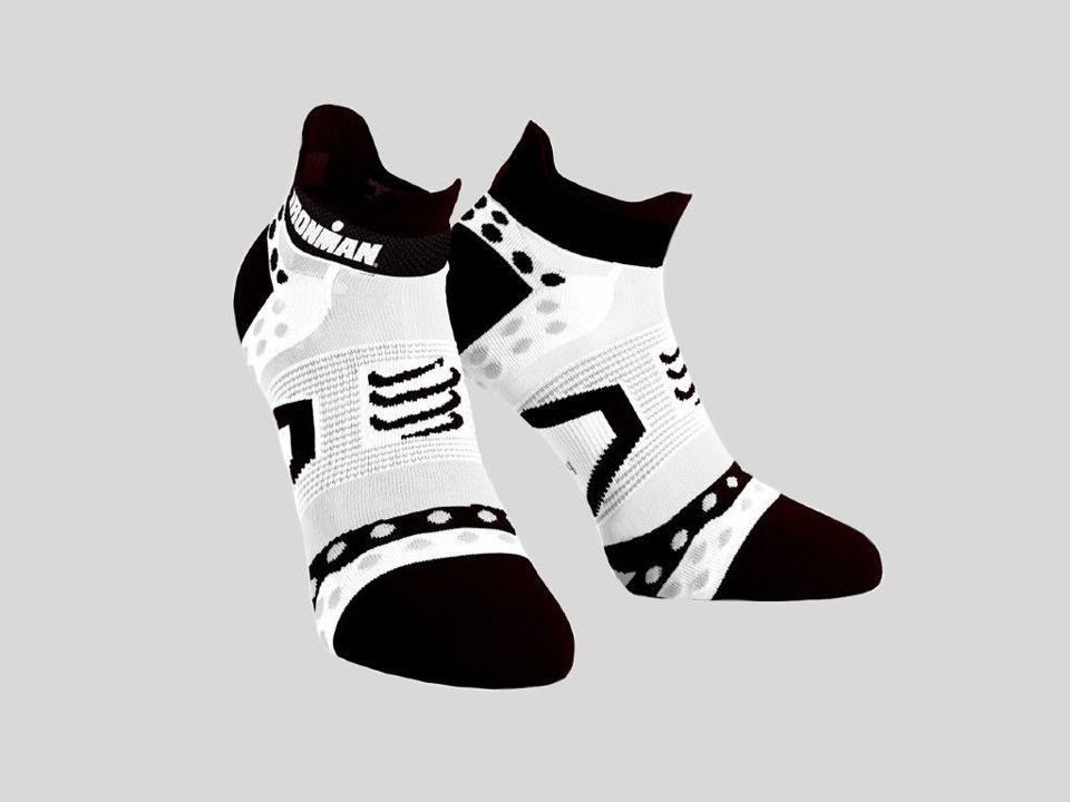 Compressport Pro Racing Socks Ultralight Low Black/White