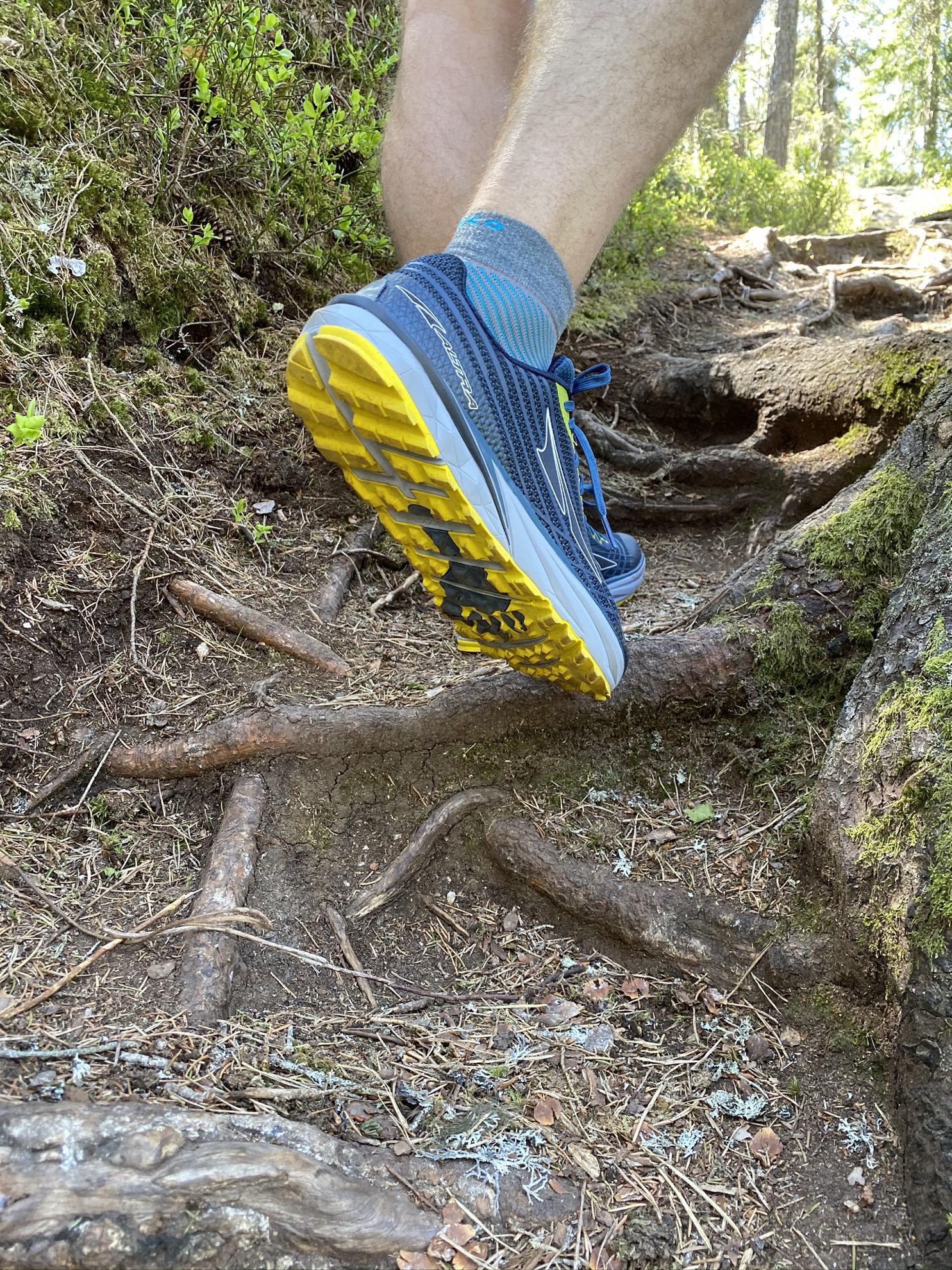 Trailsko medeldämpad, på traillöpningen